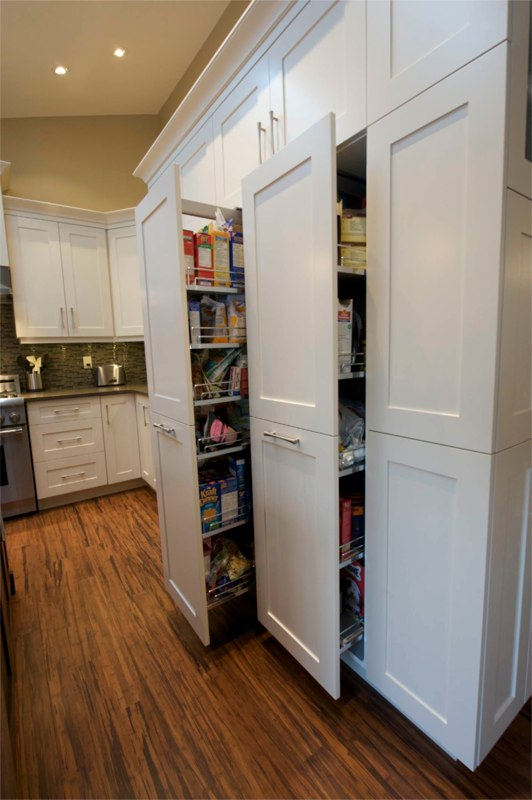 Pull Out Pantry - Evolve Kitchens