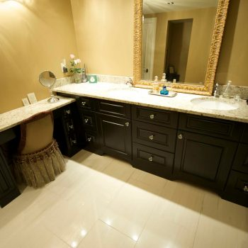 bathroom-cabinets 1