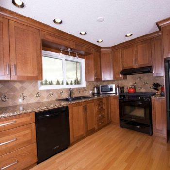 Calgary Cabinets Kitchen oak