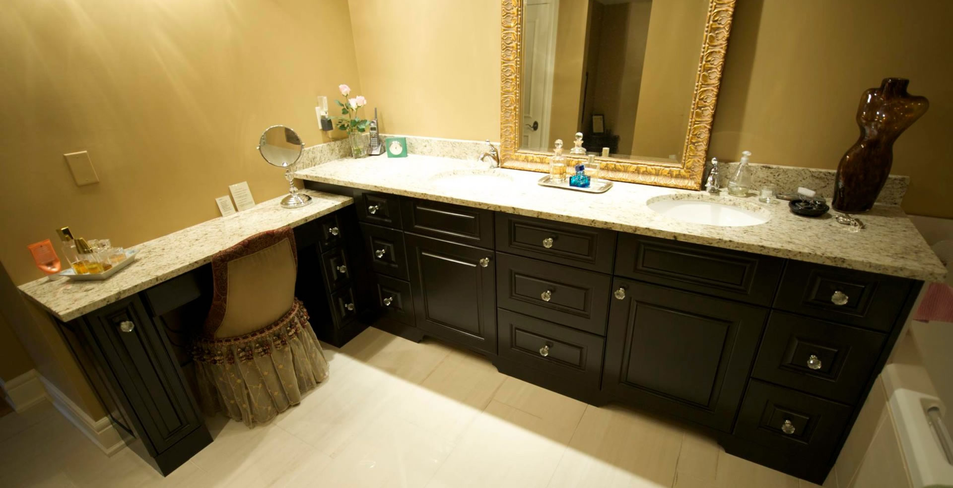 Custom made bathroom cabinets, drawers and vanity space by Evolve Kitchens