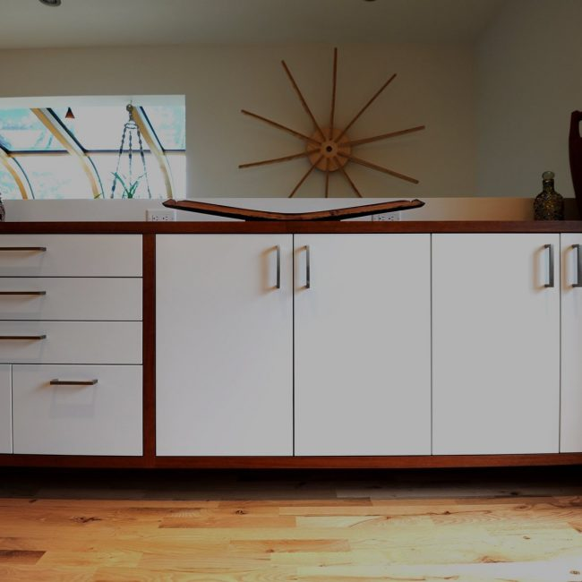 White custom cabinets built by Evolve Kitchens